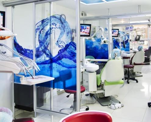 Tandartsstoelen kliniek - Tandartsreis Turkije